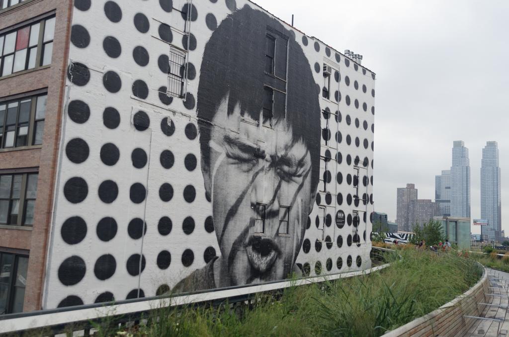 highline mural.jpg